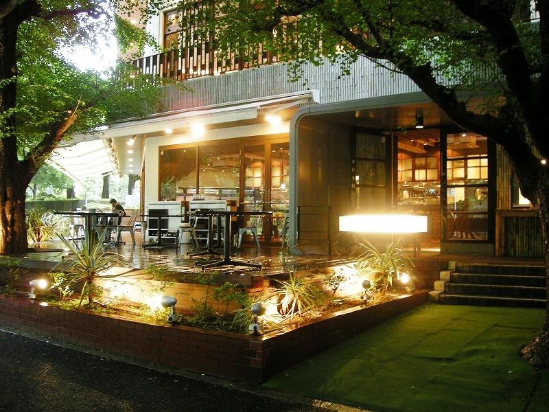 Royal Garden Cafe 青山 入口