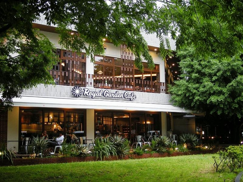 Royal Garden Cafe青山 外観